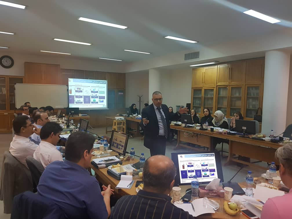 جلسه آشنایی با مدل تعالی سازمانی در لیزینگ ایرانیان