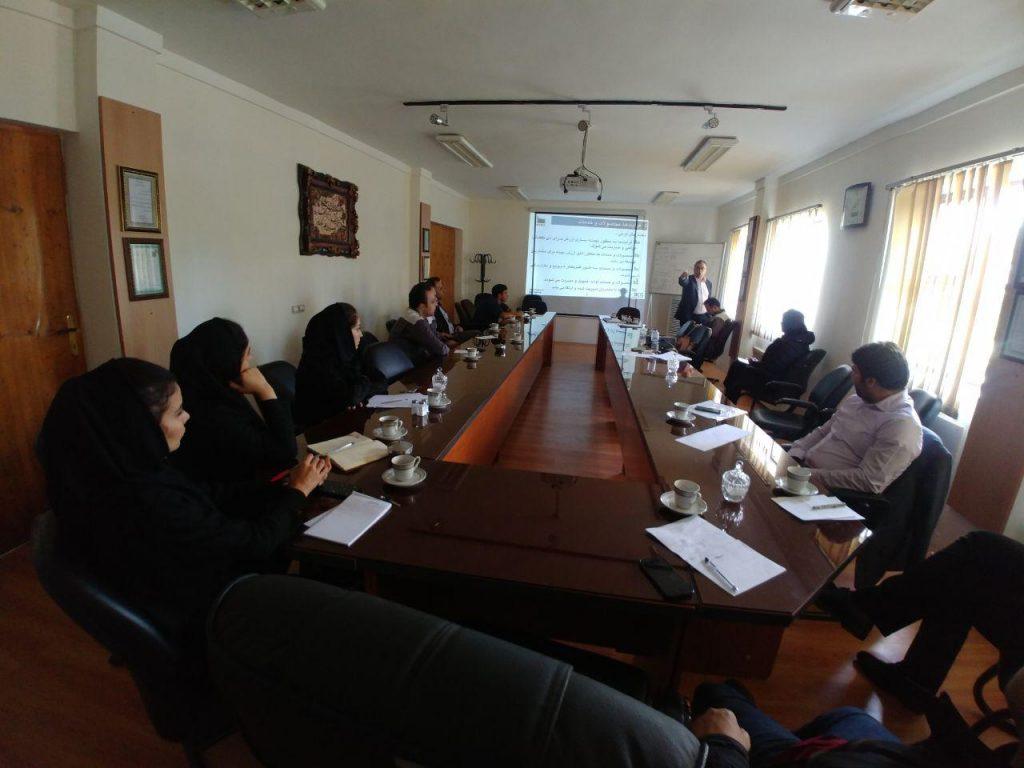 جلسات آموزشی تعالی سازمانی درشرکت صنایع چوب خزر کاسپین